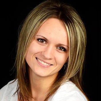 Natalya R. : Dental assistant